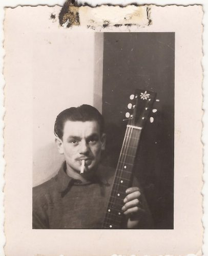 """N087 - """"Graham with electric gitar"""", probably G Coy. - Anon. collection"""
