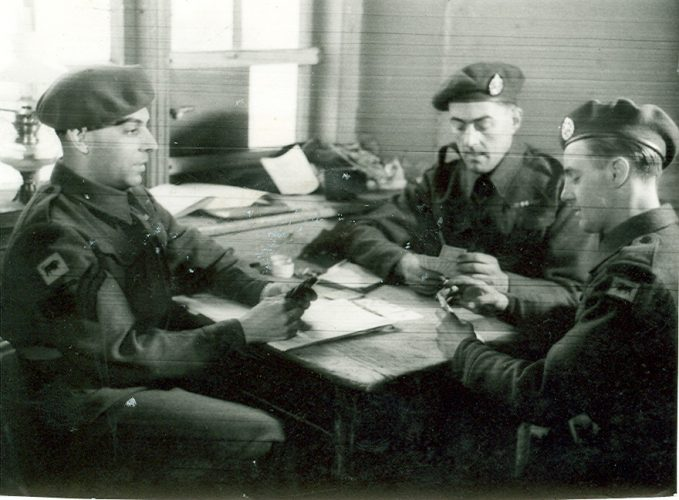 N043 - Unknown men, probably G Coy - Sgt. White collection